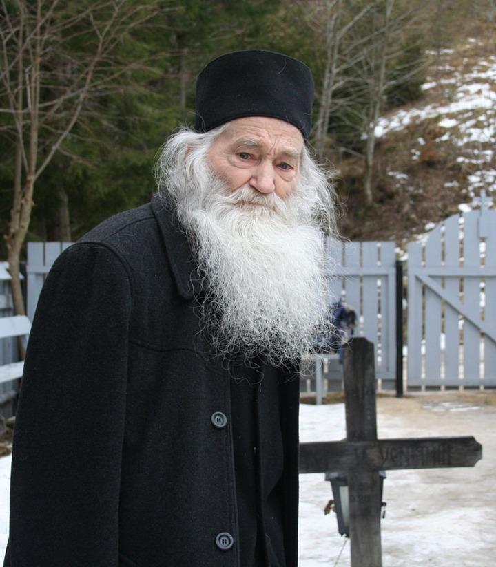 Parintele-Justin-in-Ianuarie-2007